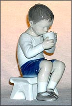 Victor On Bench, Bing & Grondahl Figurine #1713