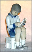 Girl, Reading, Bing & Grondahl Figurine #2184