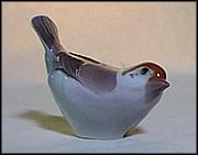 Sparrow, Raised Tail, Bing & Grondahl Figurine #2494 MAIN