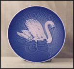 Swan Family Collector Plate by Henry Thelander