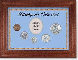 1942 Birth Year Coin Gift Set with a blue background and cherry frame THUMBNAIL