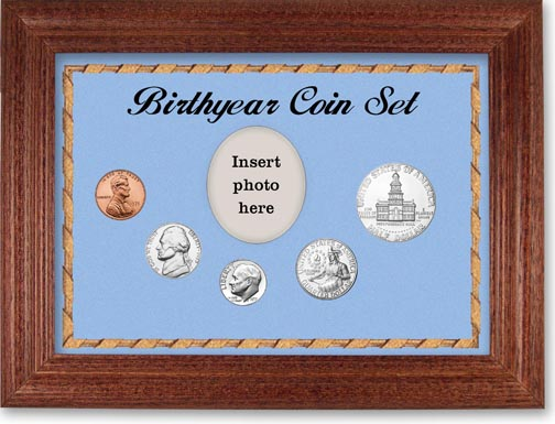 1975 Birth Year Coin Gift Set with a blue background and cherry frame LARGE
