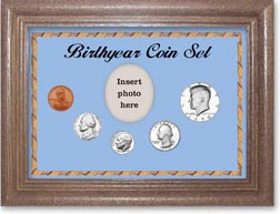 1970 Birth Year Coin Gift Set with a blue background and dark oak frame THUMBNAIL