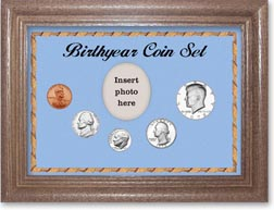 1972 Birth Year Coin Gift Set with a blue background and dark oak frame THUMBNAIL