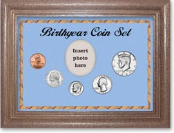 1985 Birth Year Coin Gift Set with a blue background and dark oak frame THUMBNAIL