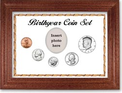 1977 Birth Year Coin Gift Set with a white background and cherry frame THUMBNAIL