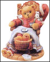Santa - A Little Holiday R & R, Cherished Teddies Figurine #352713