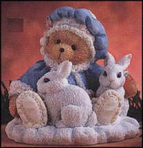 Sonja - Holiday Cuddles, Cherished Teddies Figurine #622818