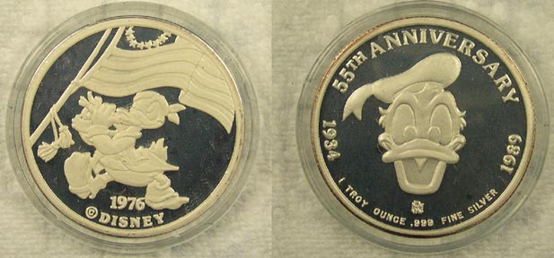 Donald Duck 55th Anniversary - 1976' Art Bar.