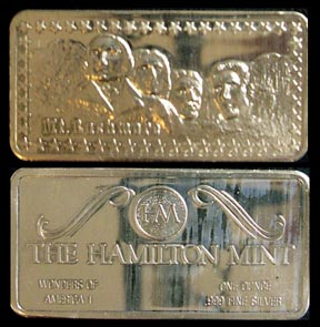 Mt. Rushmore' Art Bar by Hamilton Mint.