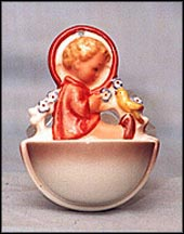 Angel Sitting, M. I. Hummel Holy Water Font MAIN