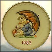 1982 Umbrella Girl, M. I. Hummel Annual Plate