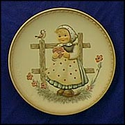 Sweet Greetings, M. I. Hummel Friends Forever Plate MAIN