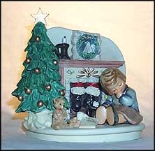 Christmas Eve Nap Set, M. I. Hummel Figurine MAIN