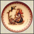 Happy Pastime, M. I. Hummel Mini Annual Plate