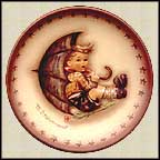 Umbrella Boy, M. I. Hummel Mini Annual Plate