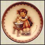 Doll Bath, M. I. Hummel Mini Annual Plate