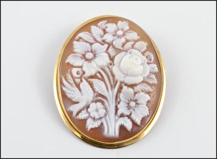 Floral Cameo Pin or Pendant in 14K Yellow Gold