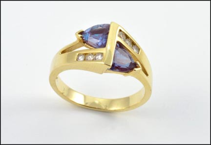 Synthetic Alexandrite Stone Ring in 14K Yellow Gold