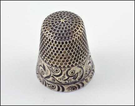 Ornate Thimble in Sterling Silver LARGE