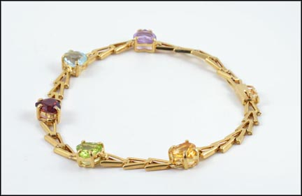 Heart Shaped Genuine Stone Bracelet in 14K Yellow Gold LARGE
