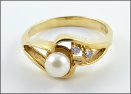 Pearl and Two Diamond Ring in 14K Yellow Gold