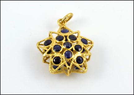 Multi Blue Sapphire Star Shape Pendant in 14K Yellow Gold