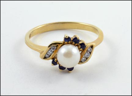 Multi Sapphire and Pearl Ring in 10K Yellow Gold