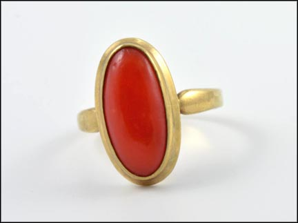 Coral Ring in 9K Yellow Gold