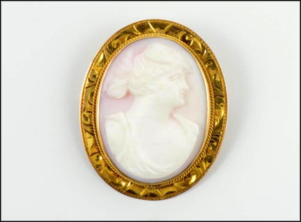 Shell Cameo Pin or Pendant Etched Setting in 10K Yellow Gold LARGE