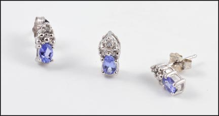 Tanzanite Post Earrings and Pendant 3pc in 10K White Gold
