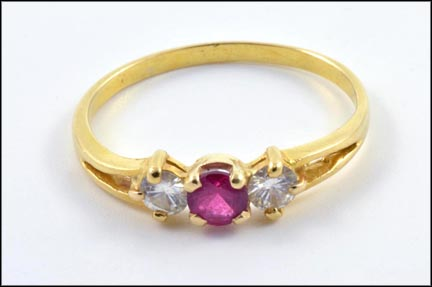 Ruby and Diamond Ring in 18K Yellow Gold LARGE