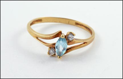 Blue Topaz Ring in 10K Yellow Gold