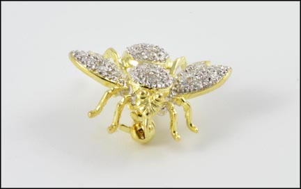 Pave' Diamond Bee Brooch or Pendant in 14K Yellow Gold