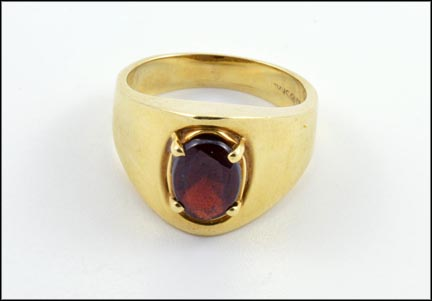 Garnet Stone Ring in 14K Yellow Gold