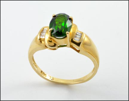 Oval Tourmaline Ring in 14K Yellow Gold