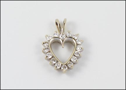 Round Brilliant Cut Heart Pendant in White Gold