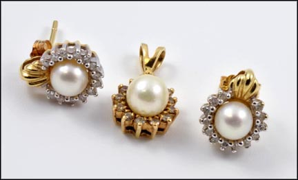 Pearl Pendant and Earrings, Three Piece Set in 14K Yellow Gold