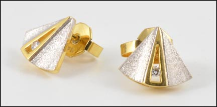 Shield Earrings in 18K Yellow and White Gold