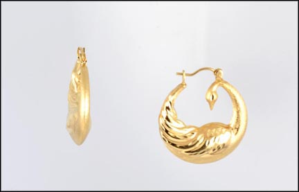 Satin and High Polish Hoop Earrings in 14K Yellow Gold