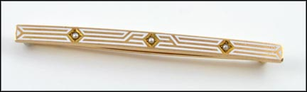 White Enamel Pearl Bar Brooch in Yellow Gold