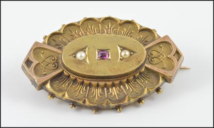 Ruby 1870's Brooch in Yellow Gold