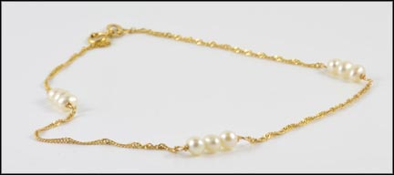 Pearl Ankle Bracelet in 14K Yellow Gold