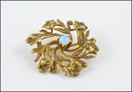 Opal Floral Brooch in Yellow Gold