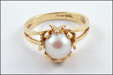 8 mm Pearl Ring in 10K Yellow Gold