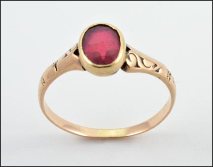 1910-20's Oval Bezel Ruby Ring in Yellow Gold