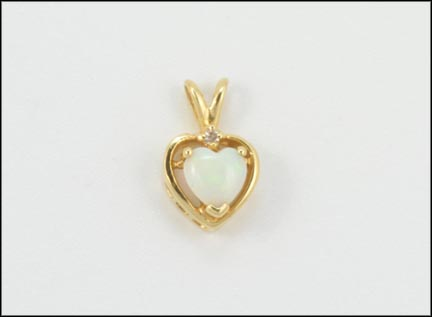 Heart Opal Pendant in Yellow Gold