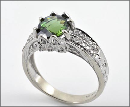 Green Tourmaline Ring in 14K Yellow Gold