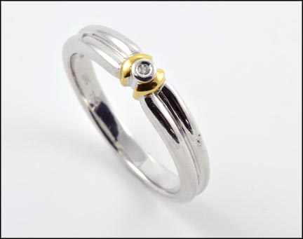 Single Stone Ring in 18K Yellow and White Gold