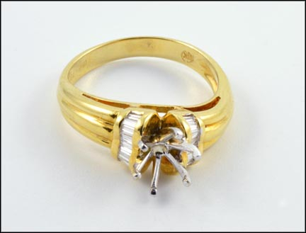 Baguette Semi-Mount Ring in 17K Yellow Gold